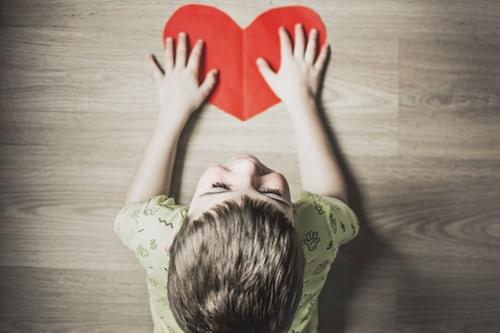 Hoóc môn tình yêu Oxytocin giúp điều trị người mắc tự kỷ hiệu quả