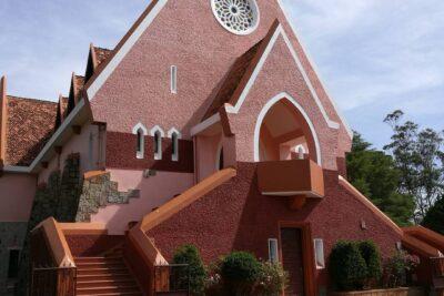 Kinh nghiệm tham quan nhà thờ Domaine De Marie: Đường đi, Giờ mở cửa