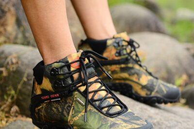 5 cách chọn giày đi phượt bền nhẹ thoải mái chinh phục mọi nẻo đường