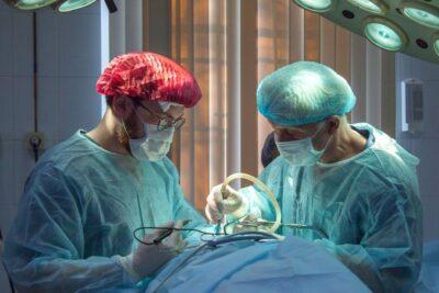Kế hoạch chăm sóc bệnh nhân sau mổ tuyến giáp cần lưu ý điều gì