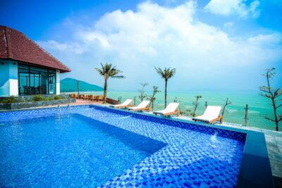 Review Aurora Resort Quy Nhơn có gì hay: Địa chỉ, Giá phòng, Dịch vụ