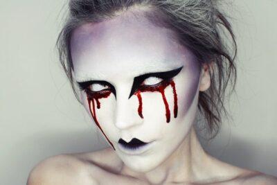 5 kiểu trang điểm Halloween đơn giản dễ thực hiện nhất cho bạn gái