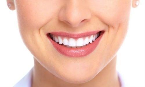 Bọc răng sứ đem lại sự tự tin