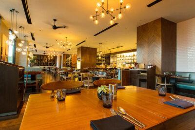 Review buffet Renaissance Riverside Hotel ngon không: Menu, Bảng giá