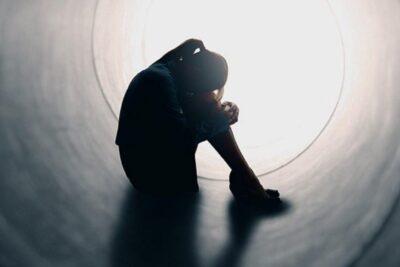 Trầm cảm dẫn đến tự tử: Nguy cơ, Dấu hiệu, Cách ngăn ngừa