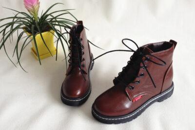 29 loại giày boot nữ cao gót thấp cổ hàng hiệu đi mùa đông, lễ tết