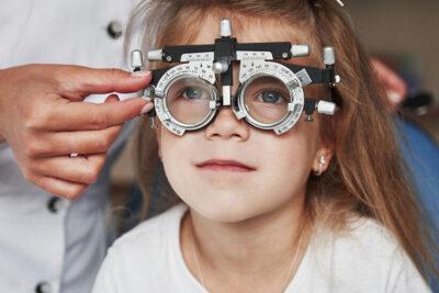 Bảng giá Ortho K Hồng Ngọc các loại kính 2020 cập nhật mới nhất
