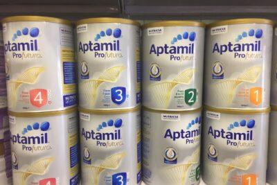Review sữa Aptamil Úc có tốt không: Có mấy loại, Giá bán, Mã vạch
