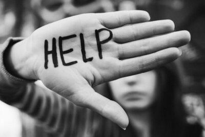 5 trường hợp KHÔNG NÊN ra tay giúp đỡ trong cuộc đời