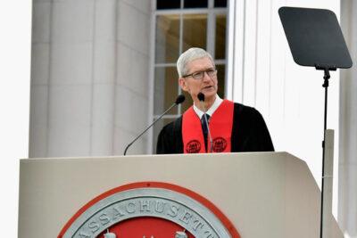 Bài phát biểu của Tim Cook tại lễ tốt nghiệp Đại học MIT 2017