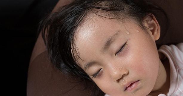 Cách giúp trẻ tránh bị ốm bệnh vào mùa hè nắng nóng