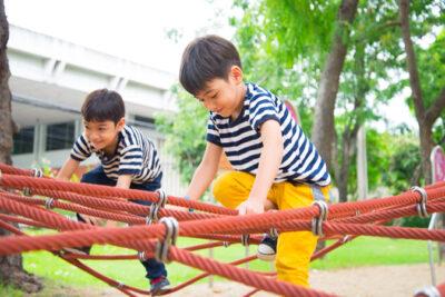 Cha mẹ nên cho con cái thứ gì tốt hơn tiền bạc vật chất?