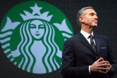 Chuỗi cà phê Starbuck đã được cứu khỏi khủng hoảng như thế nào?