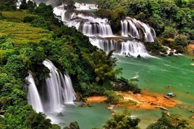 Du lịch thác Bản Giốc: cảnh Việt đẹp hơn cả nước ngoài