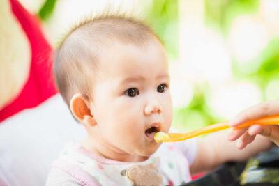 Thực đơn ăn dặm cho trẻ 6-12 tháng các bữa sáng trưa chiều và bữa phụ